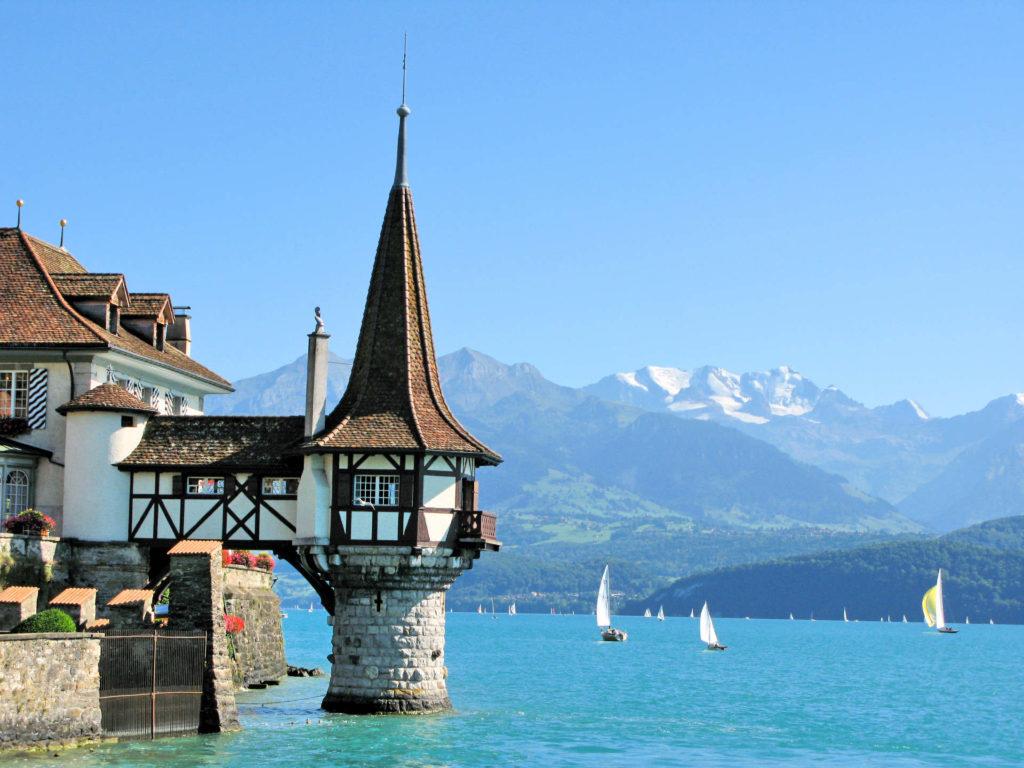 Obrazek posiada pusty atrybut alt; plik o nazwie szwajcaria-wersja-blog-1024x768.jpg